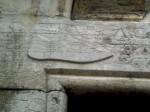 immagine di calzatura sul portale della scoletta dei calegheri.jpg