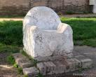 Il trono di attila a Torcello.jpg