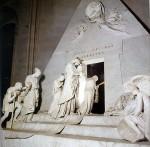 Tomba di Canova ai Frari.jpg
