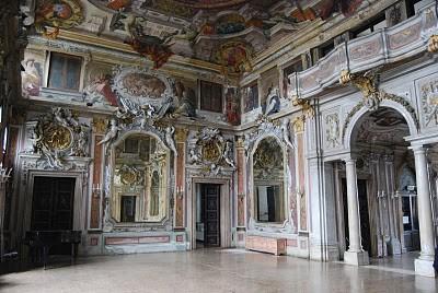 I mobili del settecento veneziano e i loro autori i for Palazzi davvero grandi