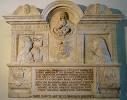 monumento sepolcrale di Cassiodoro nato a Squillace.jpg