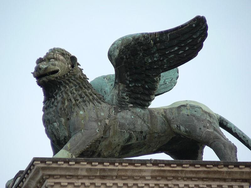 Leone Colonna Net Worth