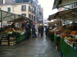 mercato di S. Leonardo a Venezia